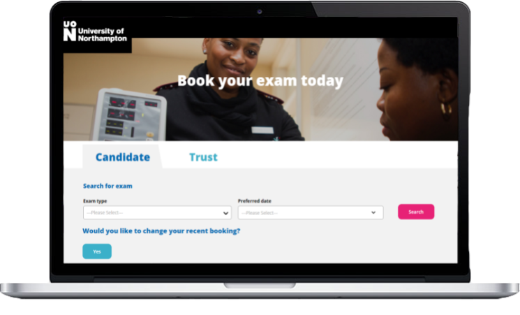 UoN Laptop Course Booking System
